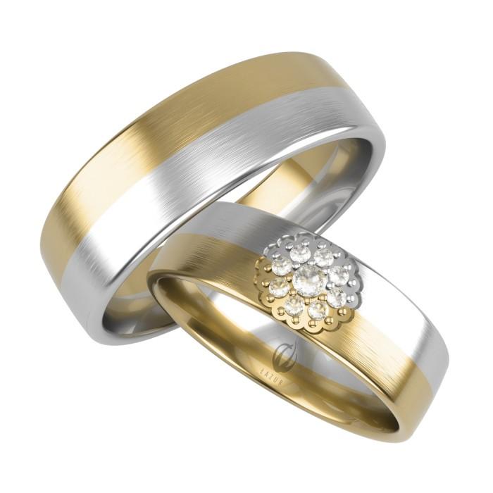 Obrączki złote damska z wzorem zdobieniem rozetą kwiatem i diamentami Swarovskiego