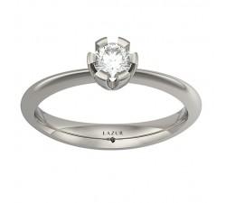 Idealny pierścionek z brylantem 4 mm, klasyczna ponadczasowa forma